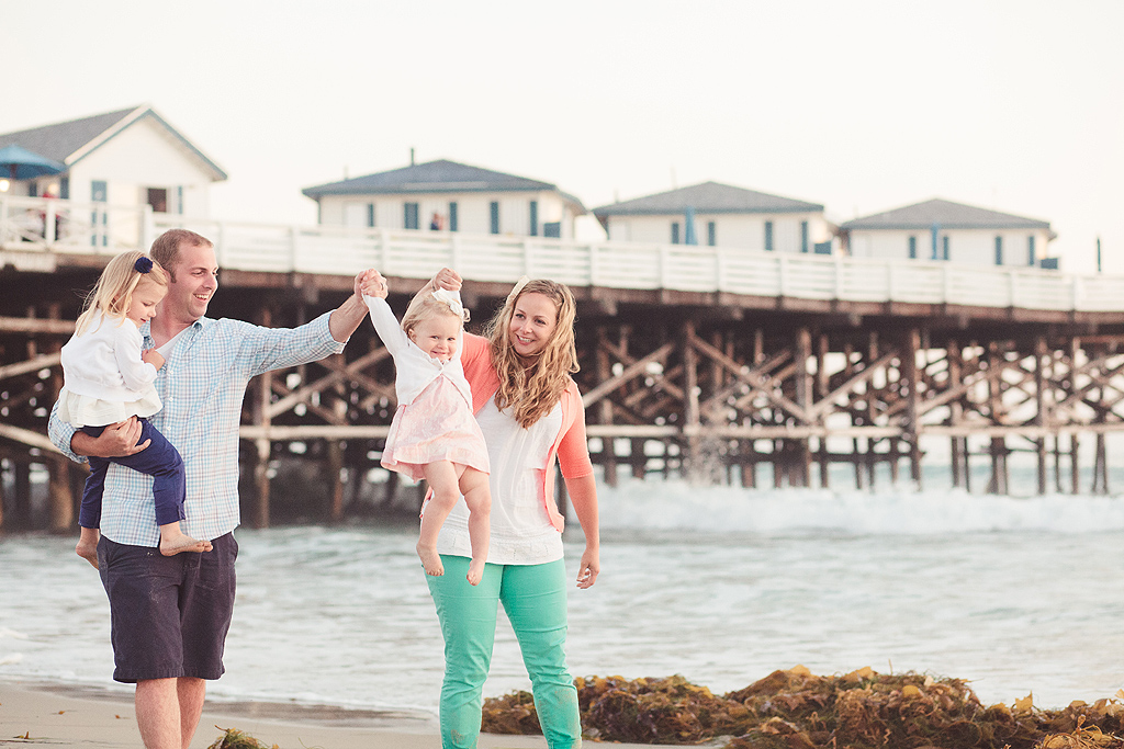 Family Walking on Pacific Beach | San Diego Beach Photographer
