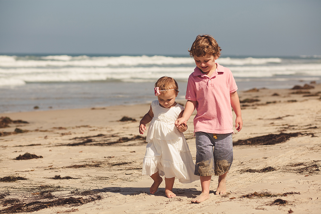 Kids Walking on the Beach | San Diego Beach Photographer