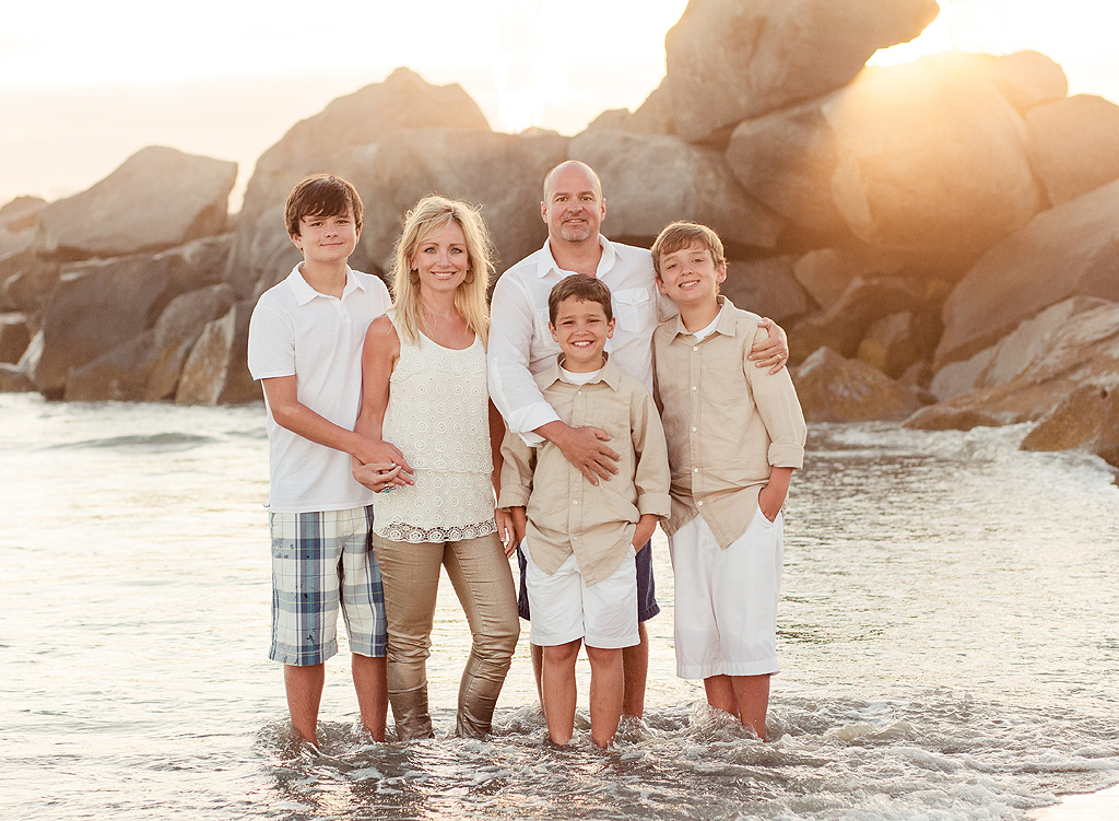 family portraits in san diego at hotel del coronado