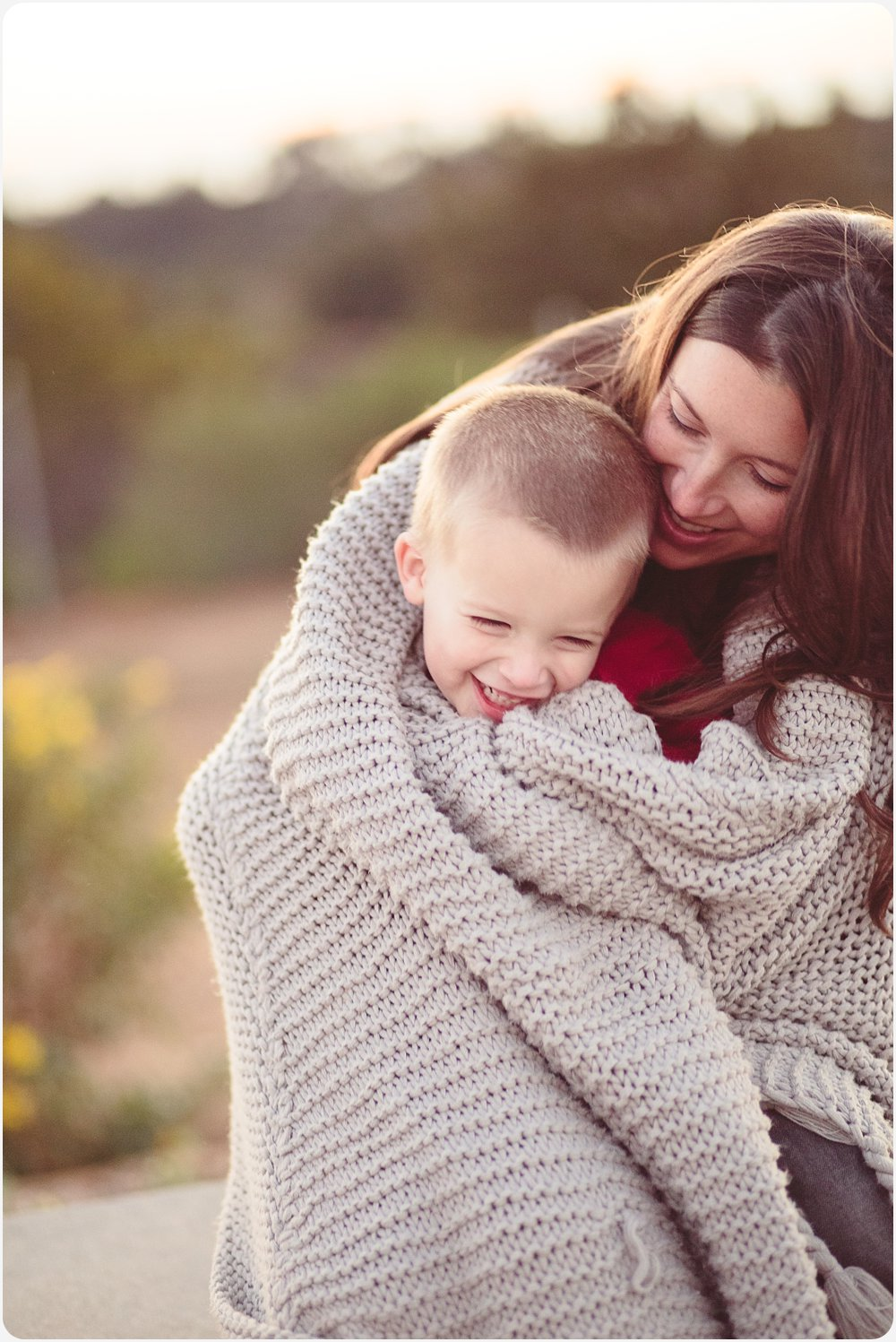 Blanket Snuggles | San Diego Natural Light Family Photography