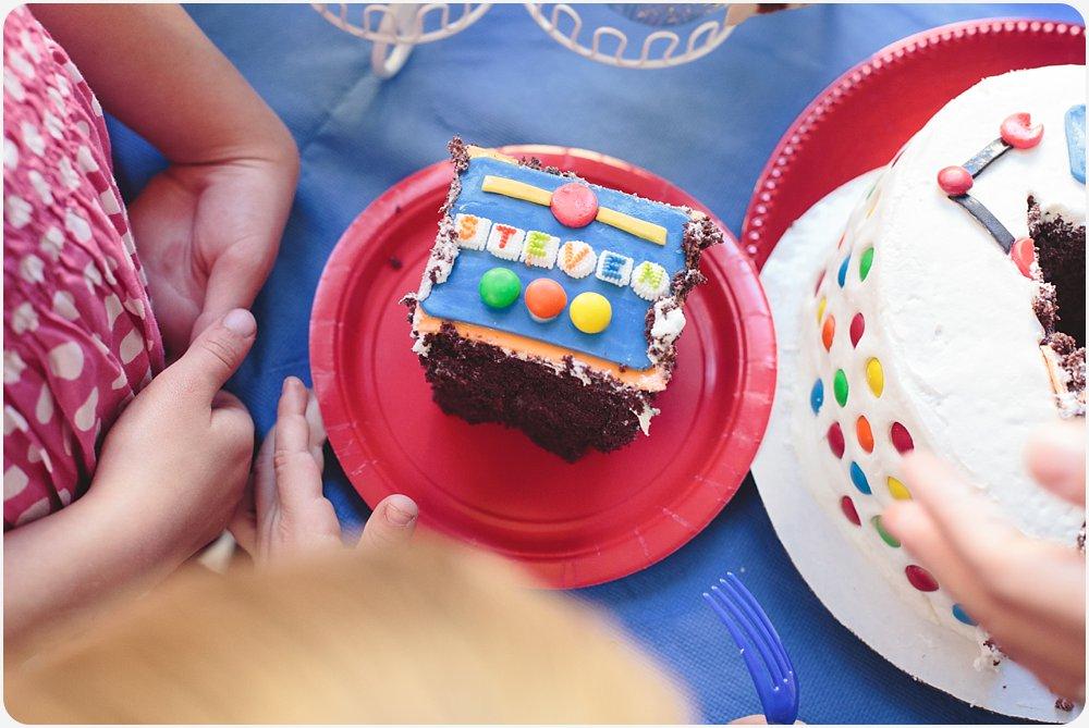 Robot Cake   San Diego Birthday Party Photography