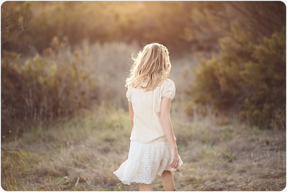 Little Girl in Field | San Diego Photography