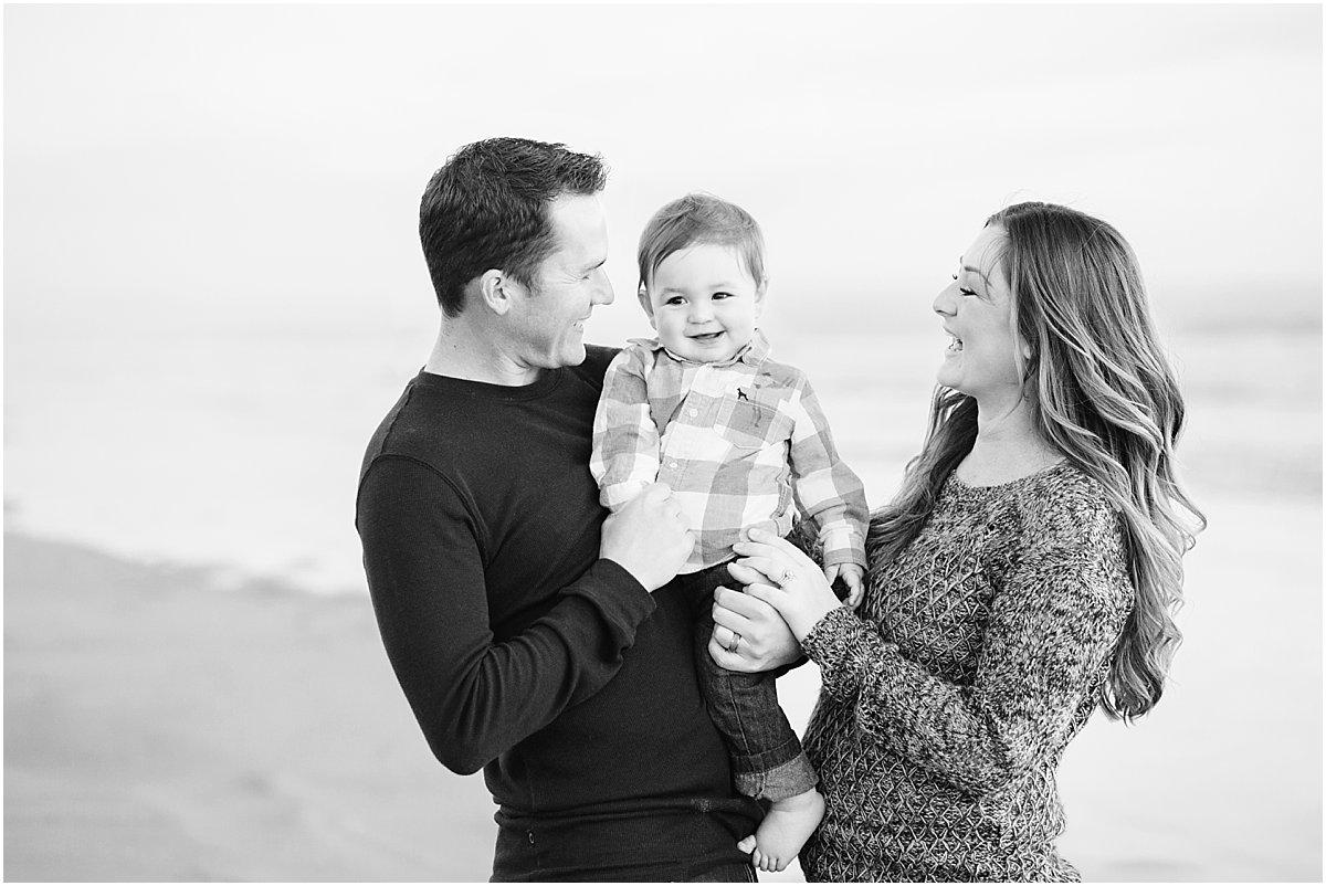 Extended Family Photographer   San Diego Beach Photography