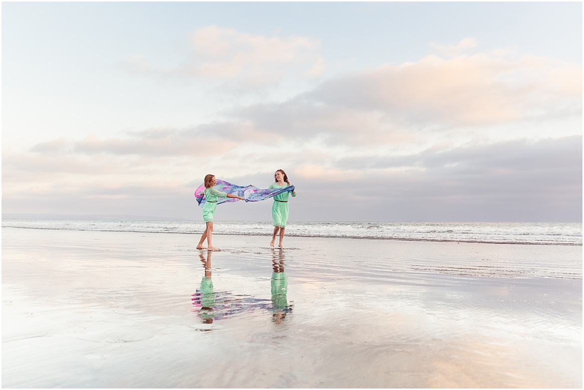 Flames of Glory Worship Flags   San Diego Family Photographer