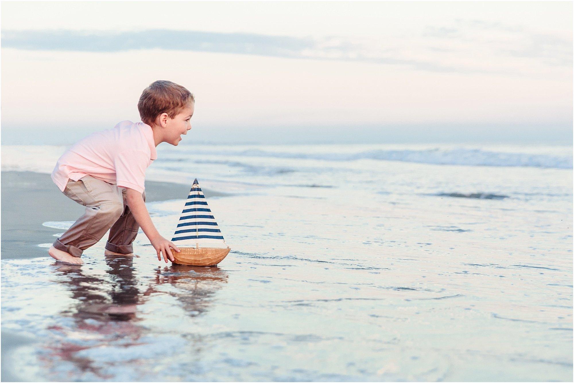 Hotel del Coronado Beach Photography | Family Portraits on the Beach