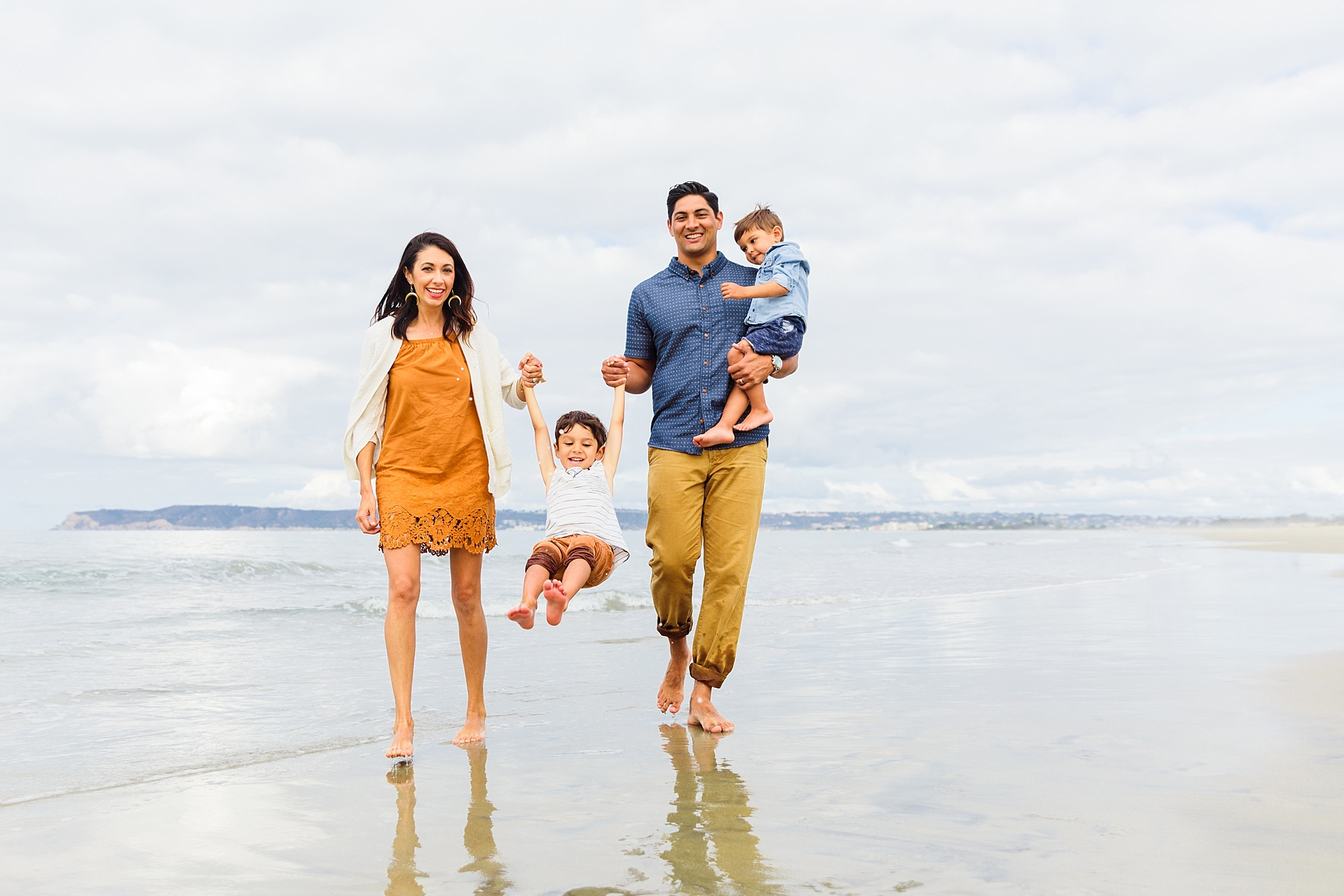 Photographers in San Diego | Beach Family Photos
