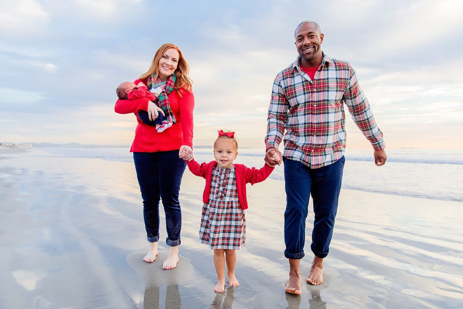 Walking on the Shore | Hotel del Coronado Photographer