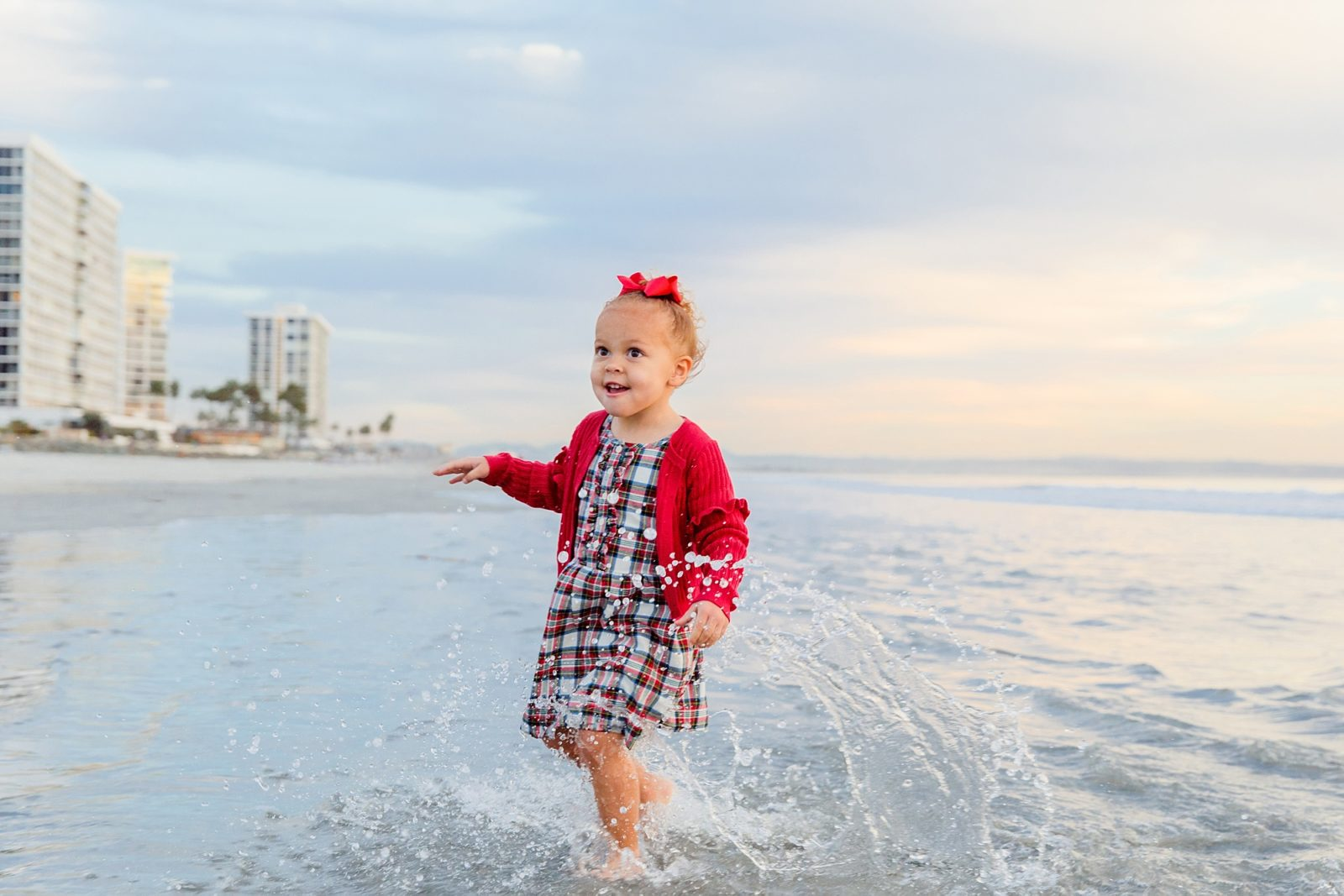San Diego Child Photographer | Christmas at the Del