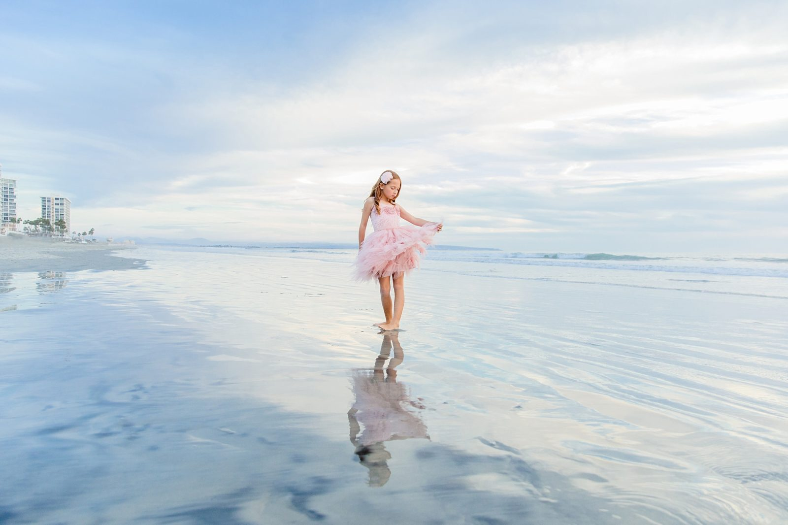 Twirling | Hotel Del Photography