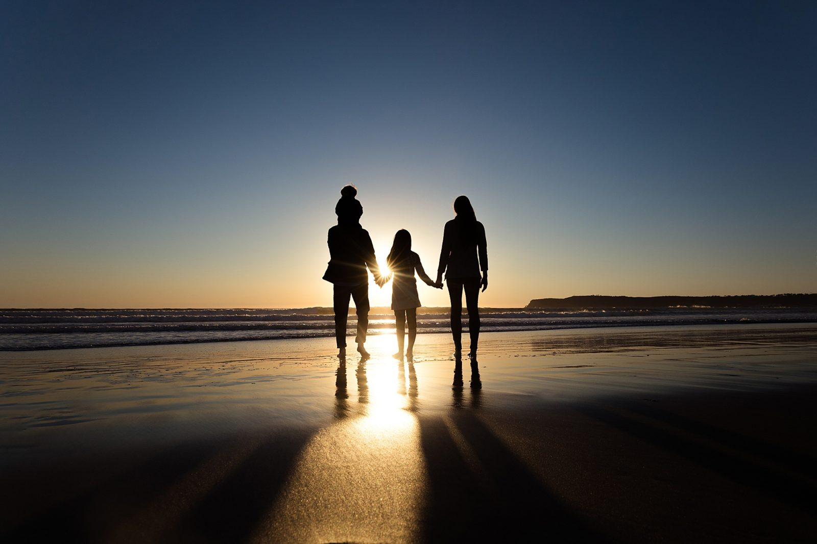 Silhouette of San Diego | Family Sunset Photo