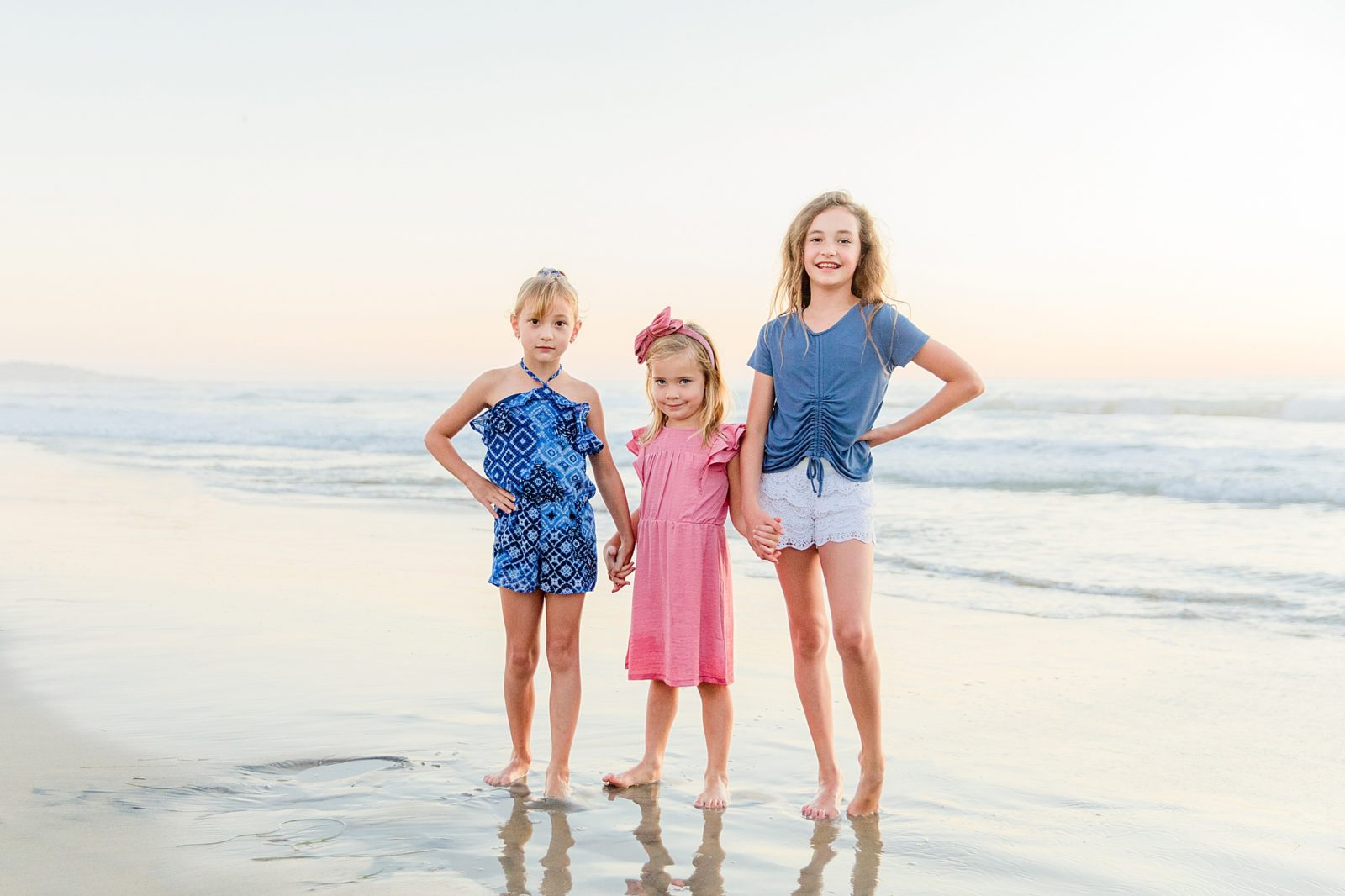 Sisters on the Beach | Photography in San Diego