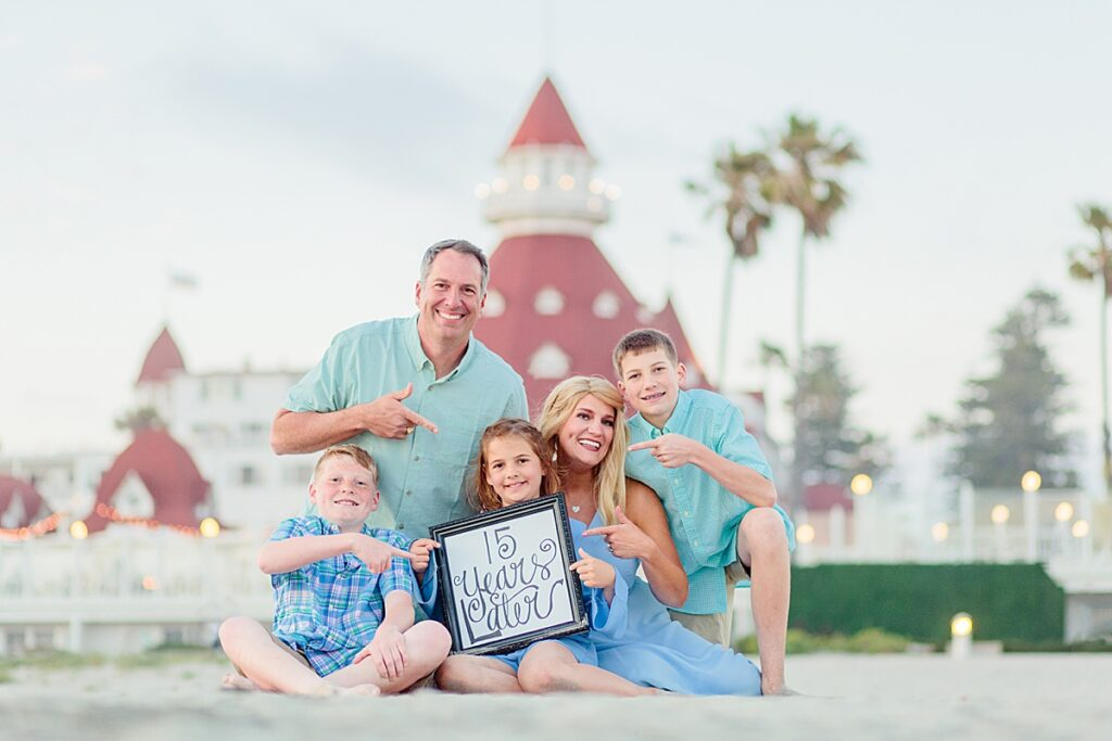 Hotel del Coronado Family Photoshoot