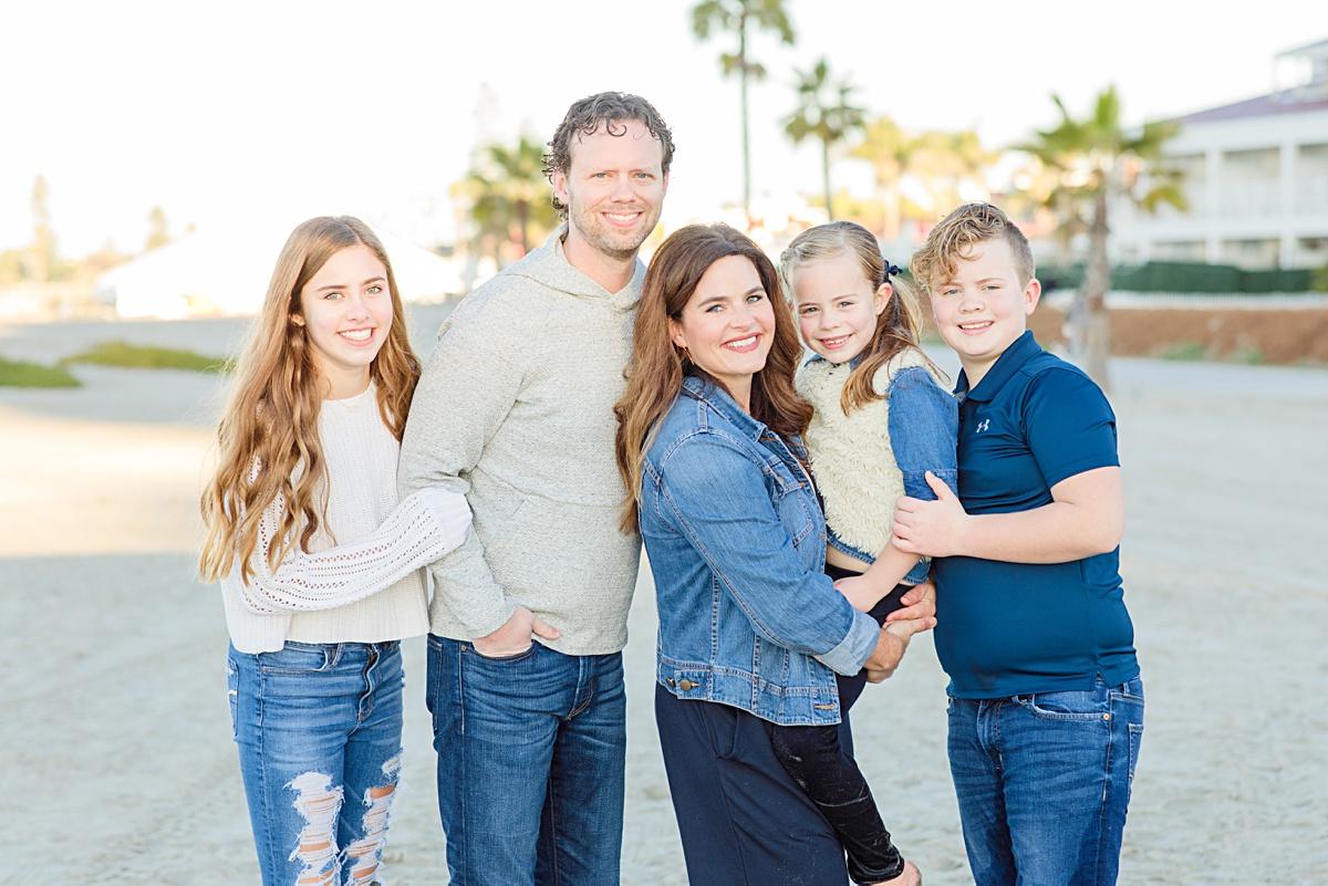 Family Hugs at the Hotel del Coronado
