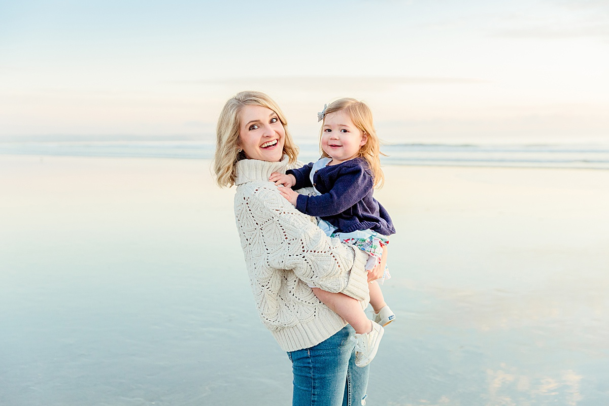Mother and Daughter Photos on the Beach