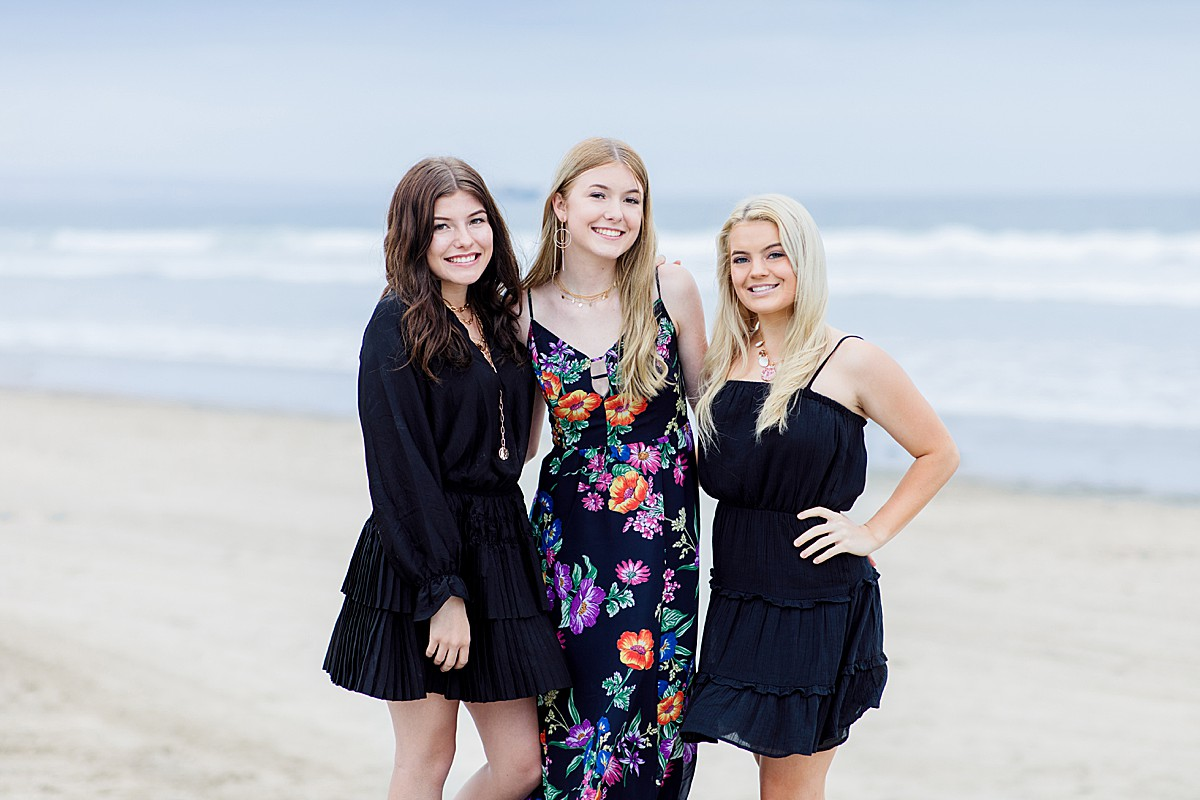 Sister Photos on the Beach