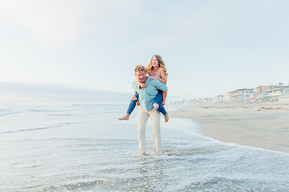 Romantic Photos on the Beach